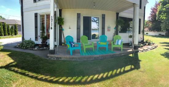 Turquoise and Lime Green Patio!